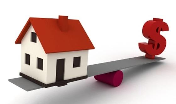 Valutazione immobiliare e strategia di marketing sono importanti nella vendita di un immobile