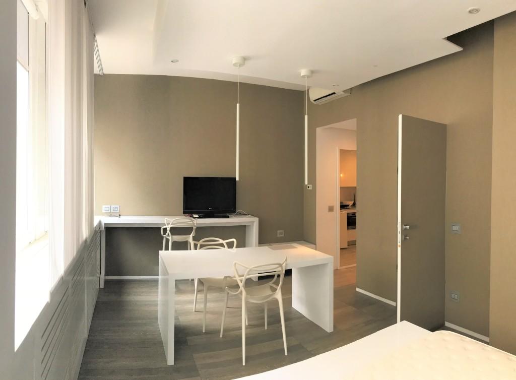 Futuro Immobiliare presenta la sua nuova offerta immobiliare nel centro di Milano: un appartamento monolocale in vendita in Duomo. Una delle offerte di investimento più esclusive e uniche nel panorama real estate italiano